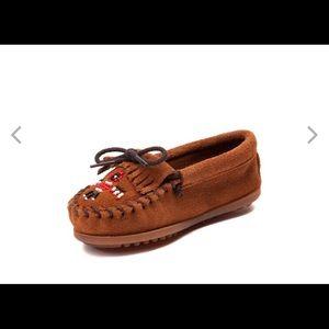 Minnetonka Toddler Shoes